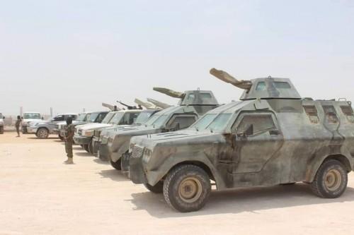 التحالف العربي يزود القوات الخاصة في المهرة بأطقم قتالية وعربات مسلحة (صور)