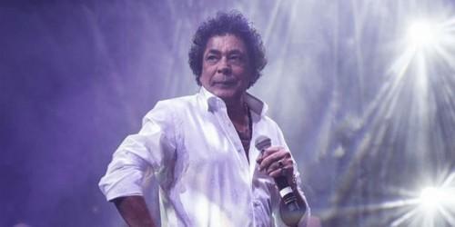 محمد منير يصل عمان لإحياء حفله بمهرجان جرش