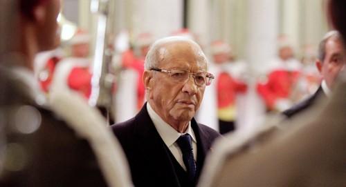 العاهل المغربي عن الرئيس التونسي الراحل: نذر حياته لخدمة بلاده