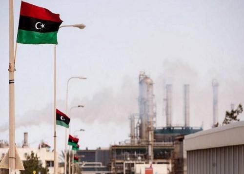 ليبيا تخطط لزيادة إنتاجها النفطي إلى 2.1 مليون برميل يوميا