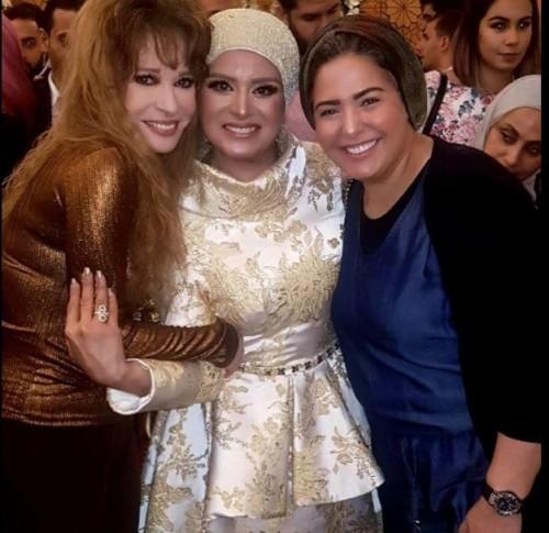 بالصور.. نيللي وصابرين تحضران عقد قران نجل المخرج وائل عبد الحميد