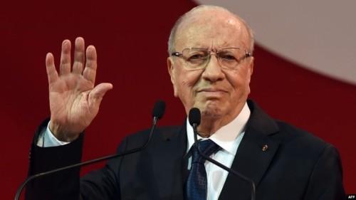 بعد وفاة السبسي.. خبير سعودي يكشف مُخطط قطر في تونس