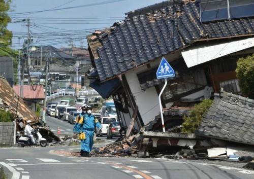 مقتل 4 أشخاص على الأقل جراء زلزالين ضربا جزرًا بالفلبين