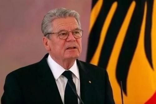 رئيس ألمانيا الاتحادية السابق يحضر مراسم جنازة السبسي