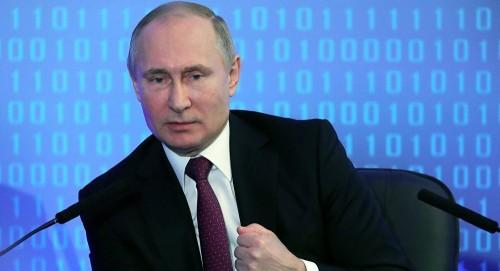 الرئيس الروسي: نقوم ببناء أسطول فريد من نوعه