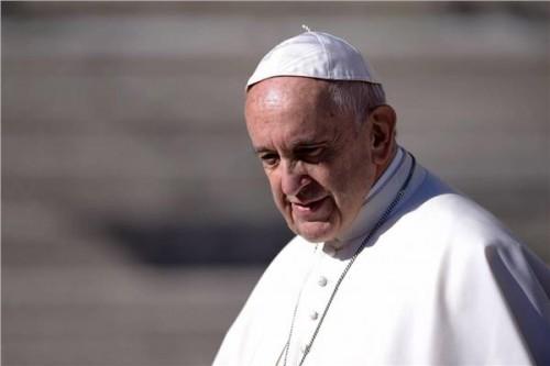 بابا الفاتيكان يدعو المجتمع الدولي لإتخاذ إجراءات سريعة من أجل إنقاذ المهاجرين