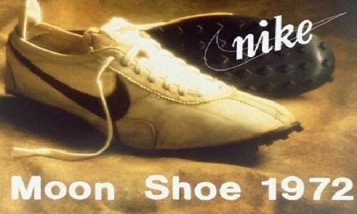 """ نايكي مون شو "" حذاء رياضي بـ437 ألف دولار"