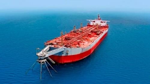 """صحيفة دولية : الحوثي يرهن صيانة """" خزان صافر """" ببيع النفط لمصلحة جماعته"""