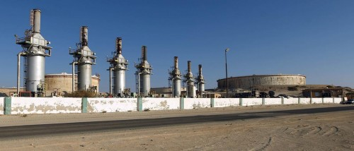 مصدر: إغلاق حقل الشرارة النفطي بليبيا