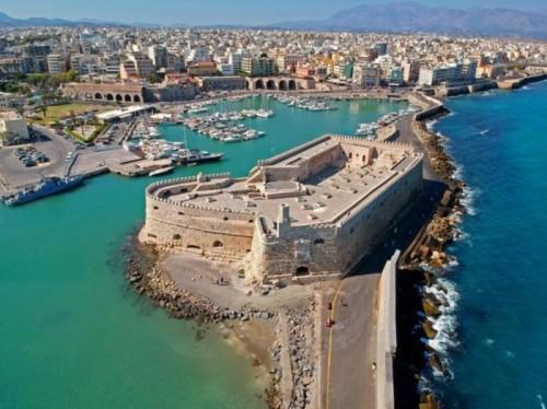 زلزال بقوة 5.3 ريختر يهز جزيرة كريت اليونانية