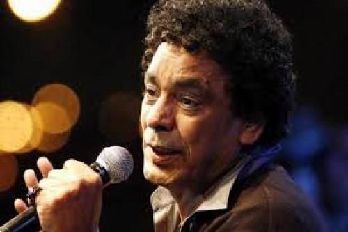 """أغنية """"مهموم"""" لـ محمد منير تقترب من 2 مليون مشاهدة"""