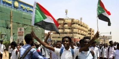 """الوسيط الأفريقي بالسودان يطالب بالإسراع في تحديد قتلة المتظاهرين بـ""""الأبيض"""""""