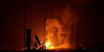 في اشتباكات بغزة.. استشهاد فلسطيني وقصف موقع تابع لحماس وإصابة 3 جنود إسرائيليين