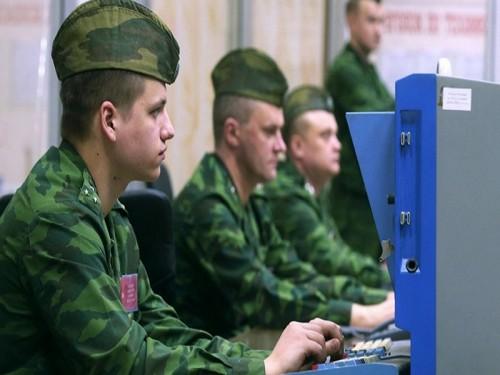 الجيش الروسي يعلن بدء اختبار الإنترنت العسكري السري