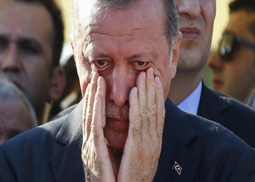 الأغا التركي يتسبب في كارثة جديدة.. انهيار حاد في مبيعات السيارات بنسبة 66%