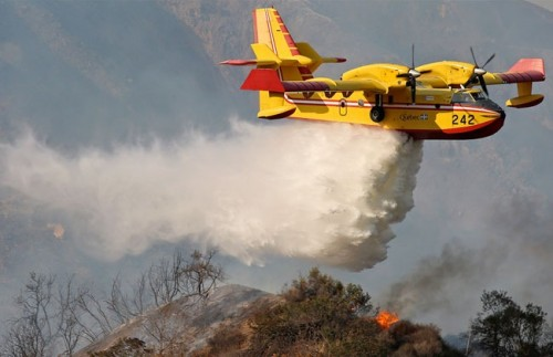 تحطم طائرة إطفاء فرنسية ومقتل قادها أثناء السيطرة على حريق غابات