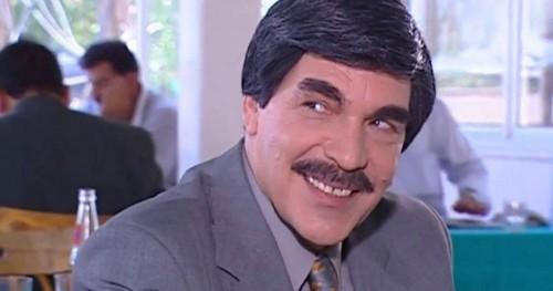 ياسر العظمة يرد على شائعات وفاته بهذه الطريقة الكوميدية (فيديو)