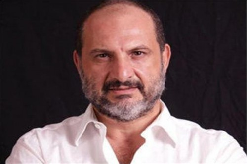 """بالفيديو.. هكذا احتفل خالد الصاوي بعيد ميلاد شقيقته الصغرى """"دوللي"""""""
