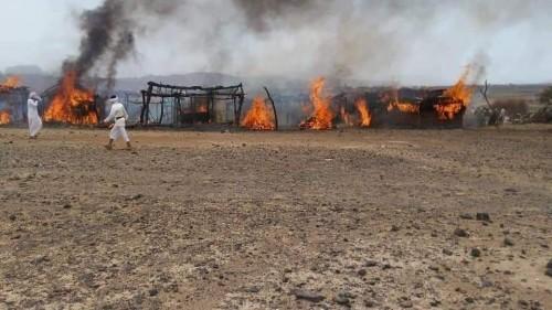 اندلاع حريق هائل في مخيم ذنه للنازحين بمأرب