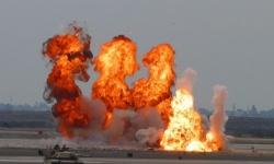 أثناء نقل متفجرات.. انفجار ضخم يهز مطار الشعيرات السوري وسقوط قتلى