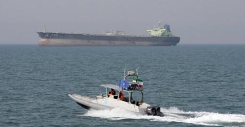 عاجل.. الحرس الثوري الإيراني يعلن احتجاز سفينة أجنبية في مياه الخليج