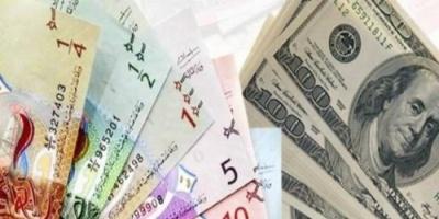 تعرف على أسعار صرف الدولار واليورو مقابل الدينار الكويتي