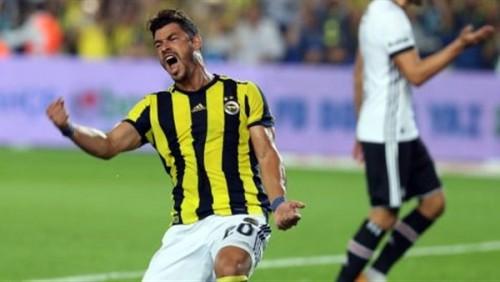 جوليانو يطالب جماهير النصر السعودي بحضور مباراة الغد