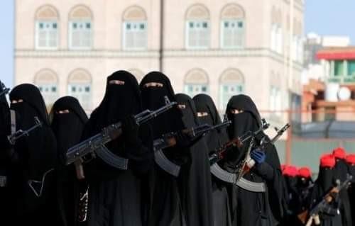 """زينبيات الحوثي.. """"آلة قمع"""" تذبح معارِضات المليشيات"""