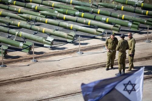 تقرير: إيران طلبت من حماس تزويدها بمعلومات حول مخازن صواريخ إسرائيلية