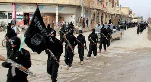 """البنتاغون: """"داعش"""" يعزز من قدراته في سوريا والعراق"""