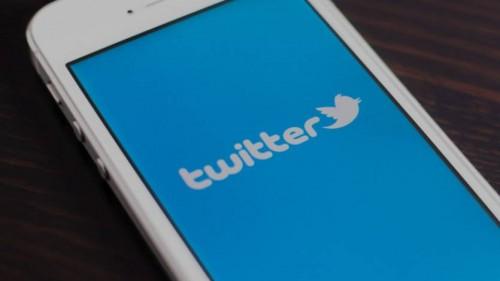 تويتر تعتذر عن عدم الحفاظ على سرية بيانات بعض المستخدمين