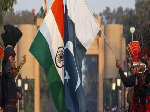 بسبب أزمة كشمير.. باكستان تُلغي آخر خطوط القطارات إلى الهند