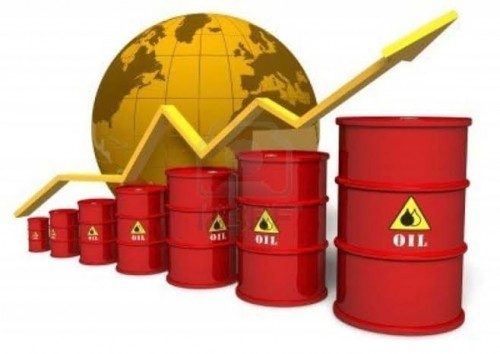 أسعار النفط تقفز بدعم توقعات انخفاض إنتاج اوبك