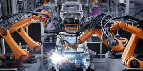 فرنسا تكشف عن انخفاض انتاجها الصناعي بأسرع وتيرة
