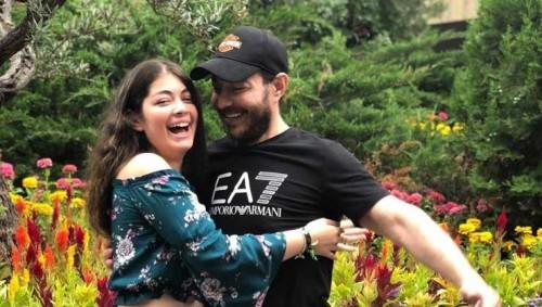 أحمد زاهر بصحبة ابنته ليلى في أحدث جلسة تصوير (صور)