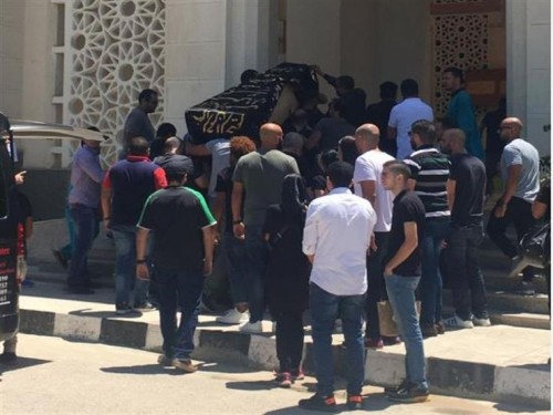 دينا الشربيني وأشرف زكي.. أبرز الحضور في جنازة طليقة أحمد السعدني