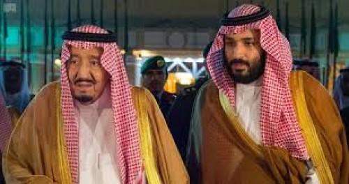 فهد بن عبدالله يلتقي الملك سلمان وولي عهده (صورة)