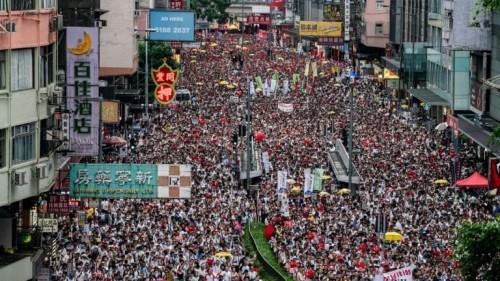 بسبب التظاهرات.. الصين: هونغ كونغ تمر بمرحلة حرجة