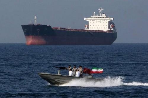 تقرير: شركات لبنانية تُهرب النفط الإيراني سرًا إلى سوريا