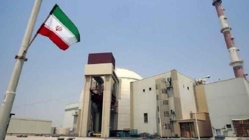 إيران ترفع معدل تخصيب اليورانيوم وتتجهز لخفض إلتزاماتها النووية