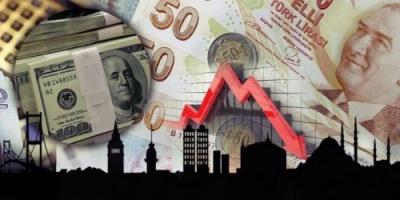 الاقتصاد التركي يهوي من جديد والليرة تفقد ثلثي قيمتها