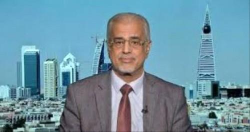 لقور يُجيب.. ما وراء هجوم الحوثي على نقاط حدودية في يافع؟