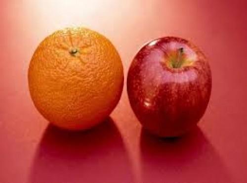 باحثون يوضحون أهمية تناول التفاح والبرتقال على صحة الإنسان