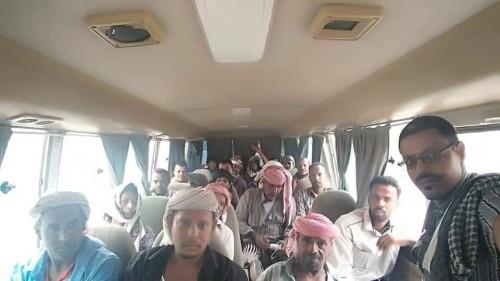 حشود جماهيرية تنطلق من شبام باتجاه العامة عدن (صور)