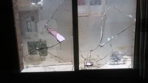 مليشيا الحوثي تجدد قصفها للأحياء السكنية بتعز (صور)