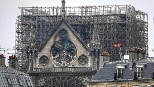 """فرنسا.. استئناف عمليات ترميم """"كاتدرائية نوتردام"""" بعد 4 أشهر من حريقها"""