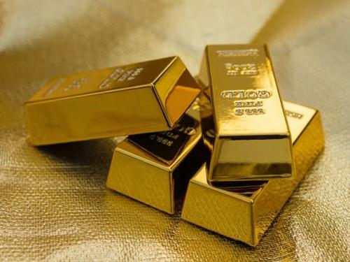 الذهب يتراجع عالمياً بفعل الركود الاقتصادي
