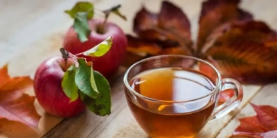 """""""الشاي والتفاح"""" وصفة سحرية لإطالة العمر"""