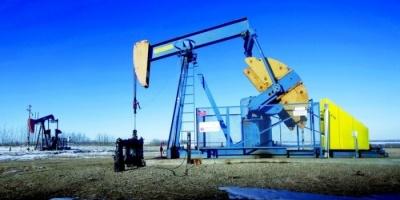 النفط يهبط لـ58 دولار للبرميل بفعل زيادة المخزون الأمريكي