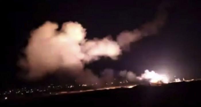 """سوريا.. الدفاعات الجوية تسقط صاروخًا أطلق باتجاه """"مصياف"""""""